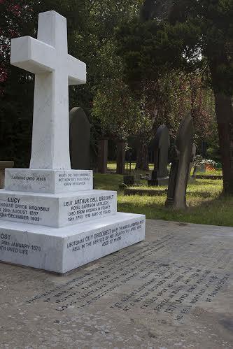 The Brodbelt family grave - restored summer 2014